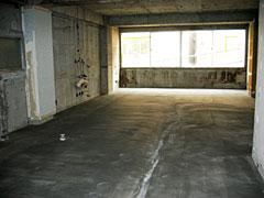 工事中の馬喰町の現場 ざっくりとした空間は、好きな人にとってはたまらない
